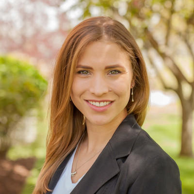 Picture of Liz McLaughlin, therapist in New Jersey