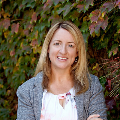 Picture of Amber Rakoczy, therapist in Illinois