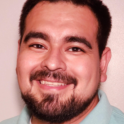 Picture of Enrique Silva, therapist in Illinois