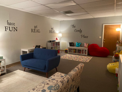Therapy space picture #1 for Lisa Ibekwe, therapist in Georgia