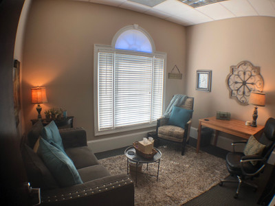 Therapy space picture #1 for Lorraine Wrage, therapist in Georgia