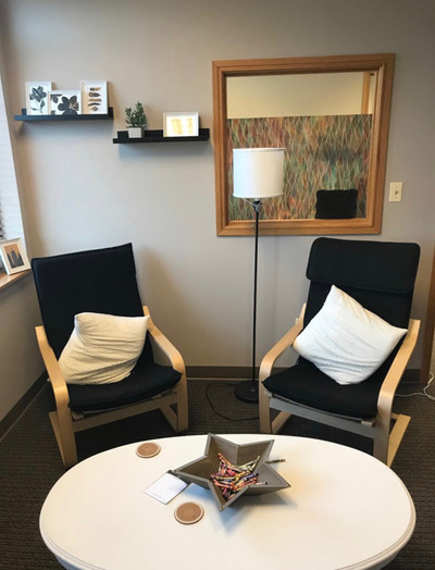 Therapy space picture #2 for Ana Maroon, therapist in Illinois