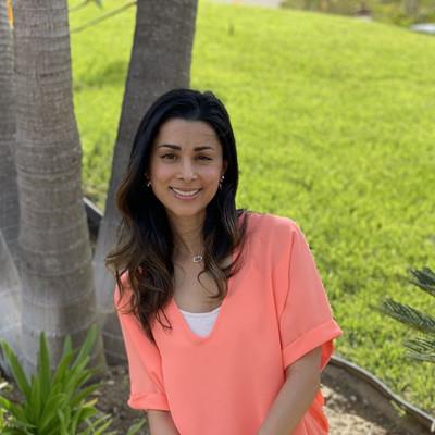 Picture of Anita Kaplan, therapist in California