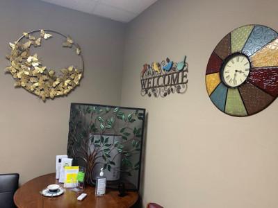 Therapy space picture #4 for Emily Crawford-Thompson, therapist in Arizona, Colorado, Delaware, Georgia, Illinois, Missouri, Nebraska, Nevada, New Hampshire, Oklahoma, Pennsylvania, Texas, Utah