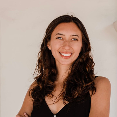 Picture of Sarah Finch, therapist in California
