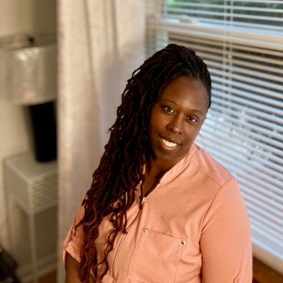 Picture of Arisza Hillman, therapist in Virginia