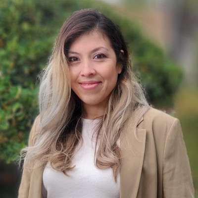Picture of Johana  M. de Oca, therapist in California