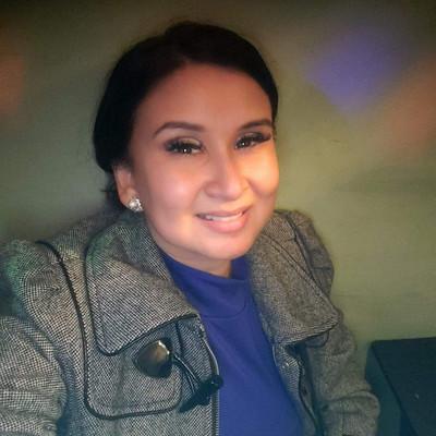 Picture of Lorena Lamas, therapist in California