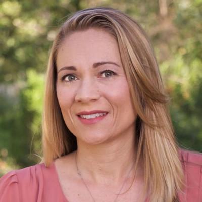 Picture of Rhiannon Martin, therapist in California