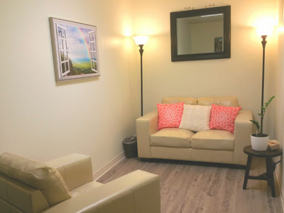 Therapy space picture #1 for Dr. Taeko Uchino-DiCarlo, therapist in California
