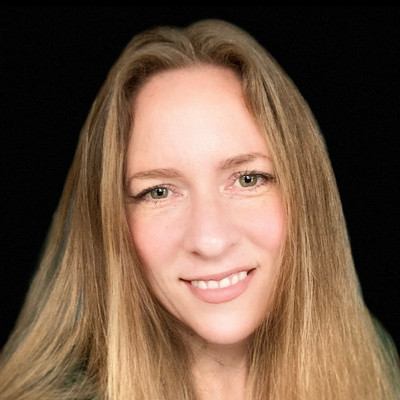Picture of Val Cartwright, therapist in California