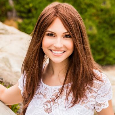 Picture of Julia Allen, therapist in California