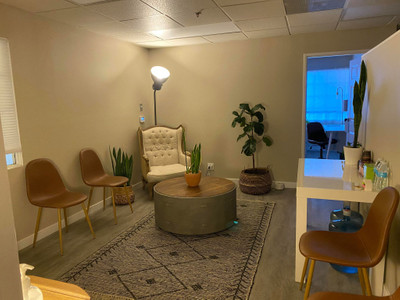 Therapy space picture #1 for Kellett Tighe, therapist in California