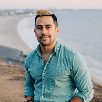 Picture of Carlos Duarte, therapist in California