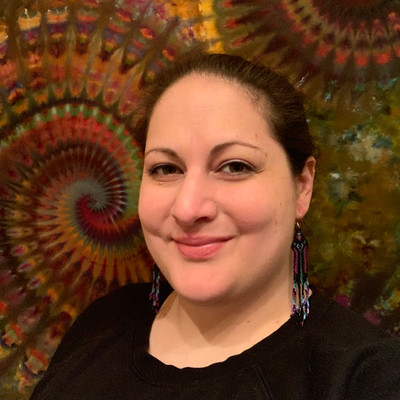Picture of Robyn Heydari, therapist in Oregon