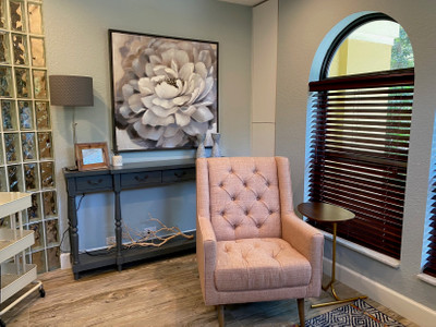 Therapy space picture #1 for Yelena  Augustin, therapist in Florida