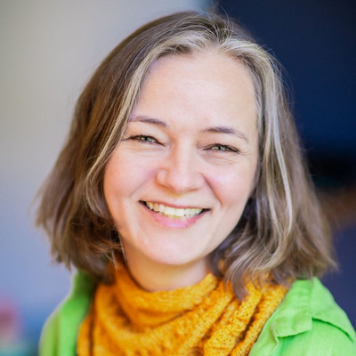 Picture of Lisa Headings, therapist in Oregon