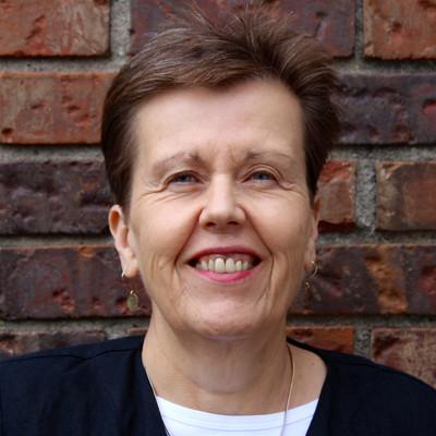Picture of Lynne Silva-Breen, therapist in Minnesota