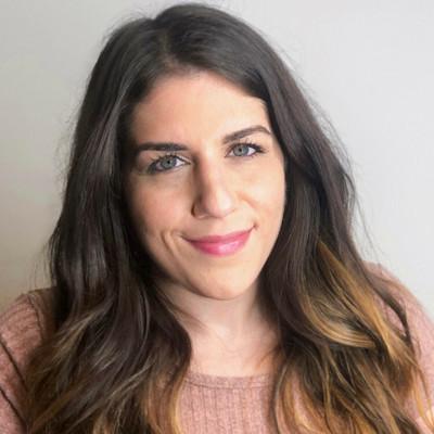 Picture of Elaine Skoulas, therapist in California