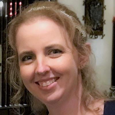 Picture of Amber Teubert, therapist in Iowa, Wisconsin