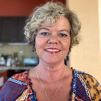 Picture of Carina Gustafsson, therapist in California