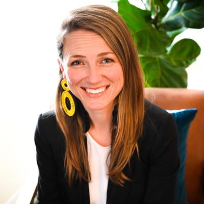 Picture of Amy Anderson, therapist in California