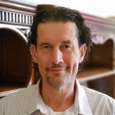 Picture of Robert Swiatek, therapist in Michigan
