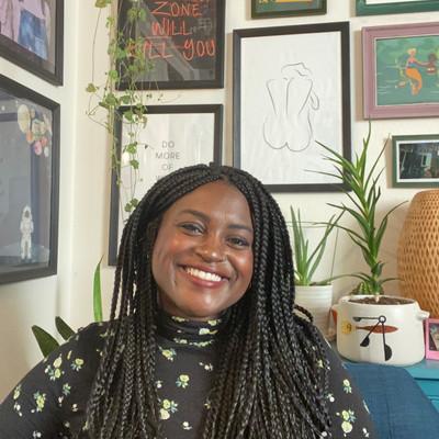 Picture of Jennifer Ozomaro, therapist in California
