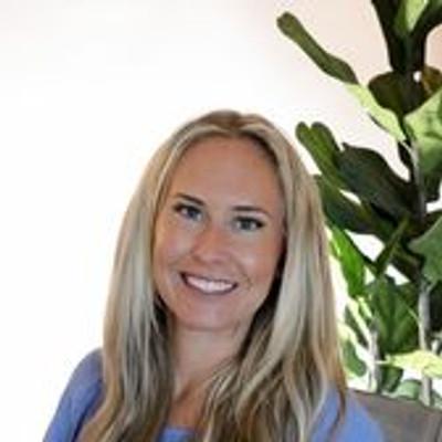 Picture of ALEXA COOK, therapist in California, North Carolina