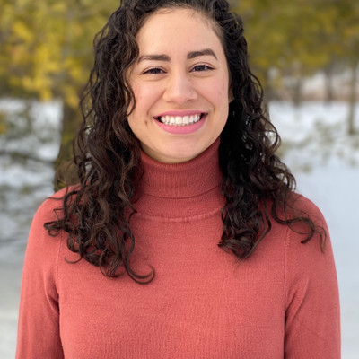 Picture of Nina Iraheta, therapist in Illinois