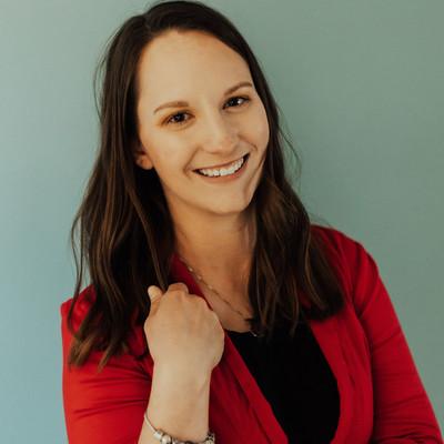 Picture of Jennifer Lusinger, therapist in Montana, North Dakota