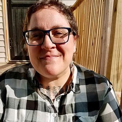 Picture of birch snogles, therapist in Michigan