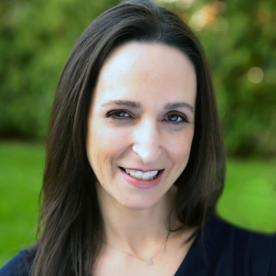 Picture of Debbie Ferraro, therapist in New Jersey, New York