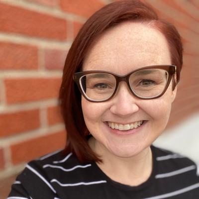 Picture of Steffeny Feld, therapist in Missouri