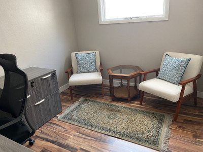 Therapy space picture #2 for Hina Siddiqui, therapist in Minnesota, Wisconsin