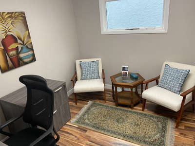 Therapy space picture #3 for Mollie Newhouse, PsyD, therapist in Minnesota, Wisconsin