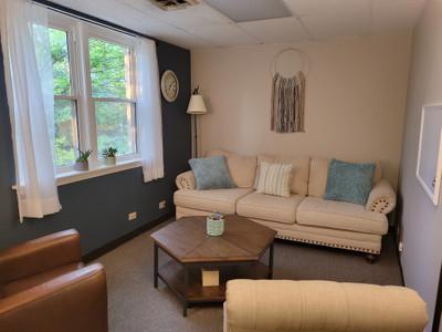 Therapy space picture #2 for Tiffany  Tumminaro, therapist in Illinois