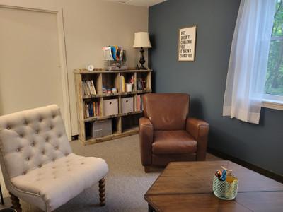 Therapy space picture #1 for Tiffany  Tumminaro, therapist in Illinois