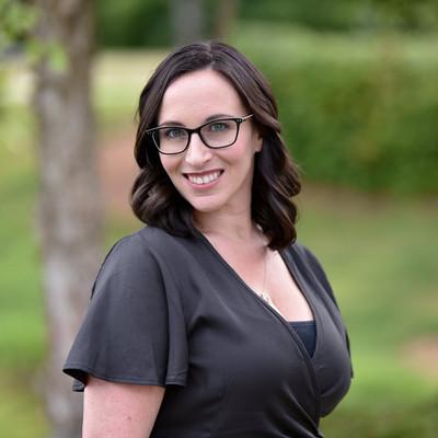 Picture of Alicia Cook, therapist in North Carolina