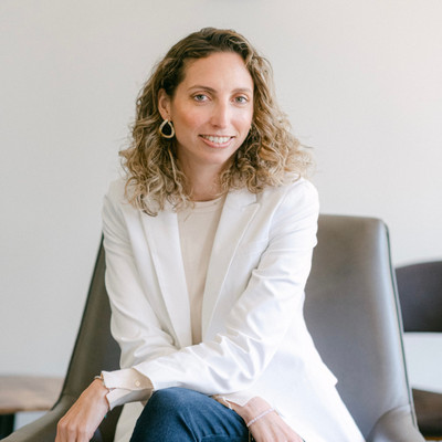 Picture of Jimena Picciano, therapist in California
