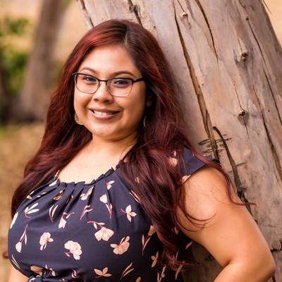 Picture of Linda Lara, therapist in California