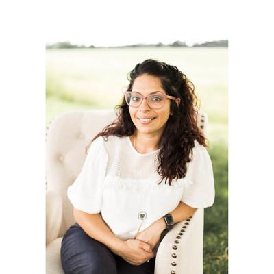 Picture of Rebecca Acevedo, therapist in Indiana