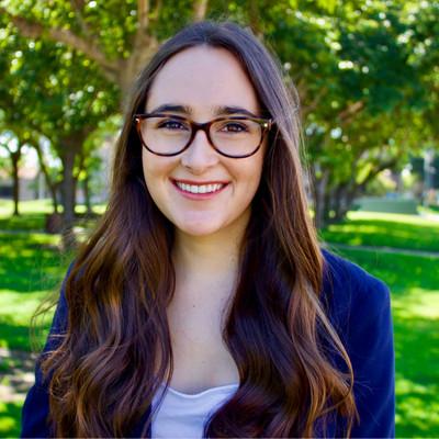 Picture of Sarah Escalante, therapist in California