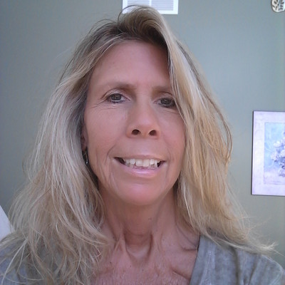 Picture of Jennifer Ahrens, therapist in Illinois