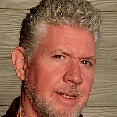 Picture of Dan Lucey, therapist in California